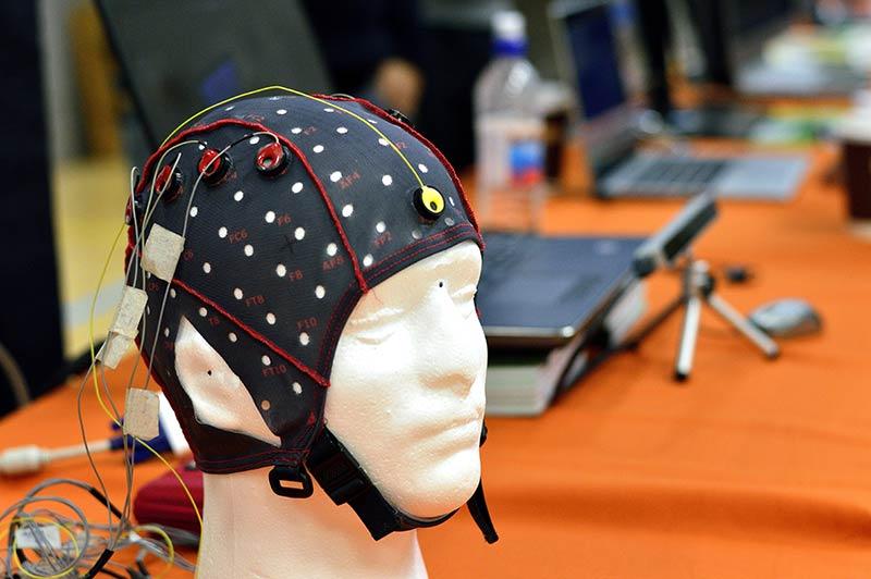 Electroencefalograma (EEG) Técnicas para vender