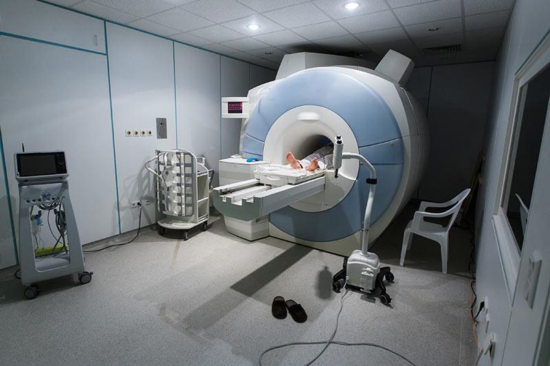 Resonancia magnética funcional (fRMI) Material para estudiar el cerebro